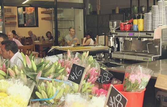 63 Racecourse Rd Cafe & Flowers