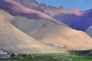 Nepal, Ladakh and Kashmir With Garry Weare