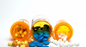 Managing medications and nutrition in your senior years