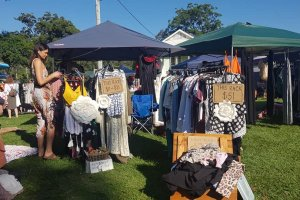 Mt Gravatt Fashion Market